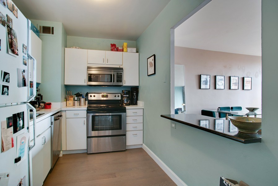 Real Estate Photography - 1445 N. STATE Parkway, Unit 603, Chicago, IL, 60610 - Kitchen