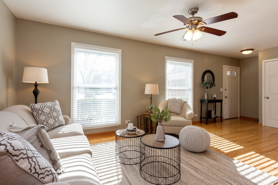 Real Estate Photography - 4 MONTEREY Drive, Vernon Hills, IL, 60061 - Living Room