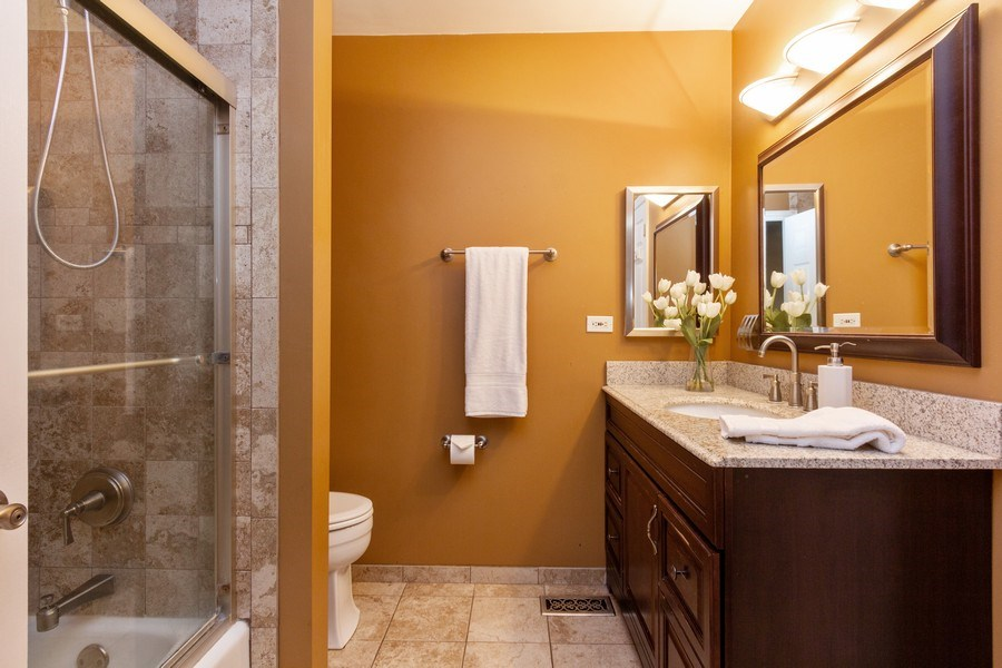 Real Estate Photography - 4 MONTEREY Drive, Vernon Hills, IL, 60061 - Master Bathroom