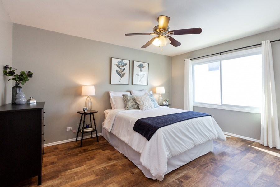 Real Estate Photography - 4 MONTEREY Drive, Vernon Hills, IL, 60061 - Master Bedroom