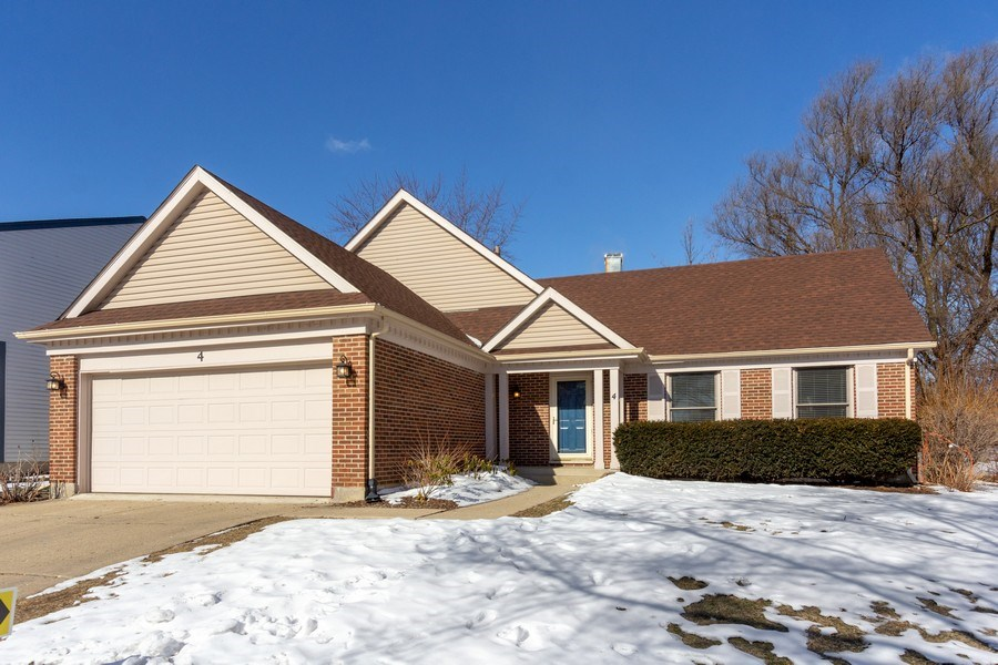 Real Estate Photography - 4 MONTEREY Drive, Vernon Hills, IL, 60061 - Front View