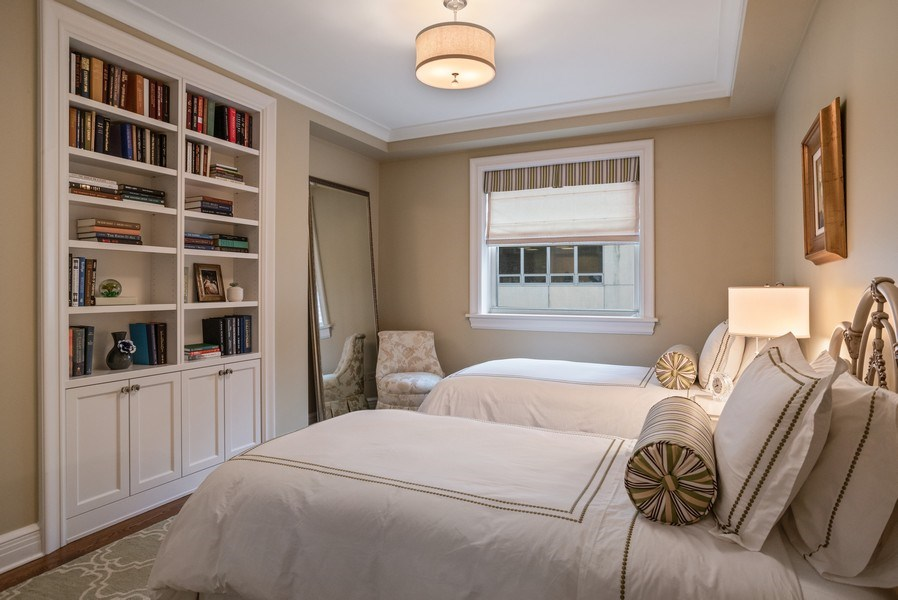 Real Estate Photography - 33 E. BELLEVUE Place, Unit PH-W7, Chicago, IL, 60611 - 2nd Bedroom
