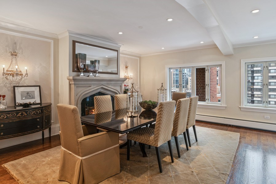 Real Estate Photography - 33 E. BELLEVUE Place, Unit PH-W7, Chicago, IL, 60611 - Dining Room