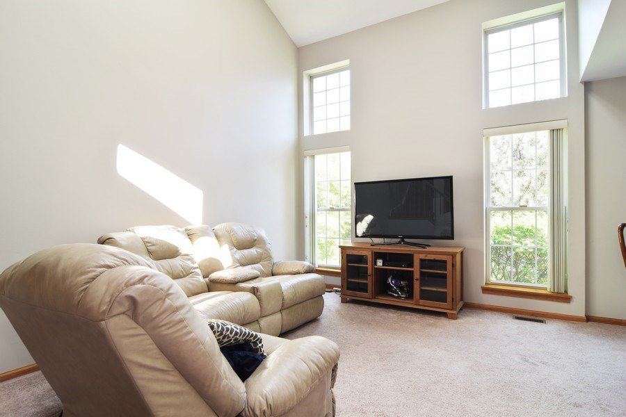 Real Estate Photography - 2007 N. Silver Lake Road, Arlington Heights, IL, 60004 - Living Room