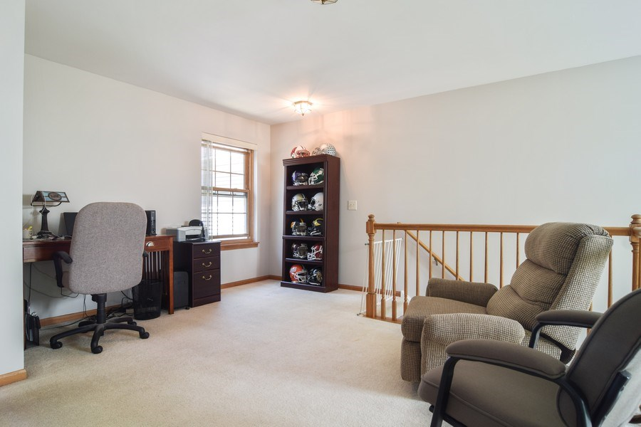 Real Estate Photography - 2007 N. Silver Lake Road, Arlington Heights, IL, 60004 - Loft