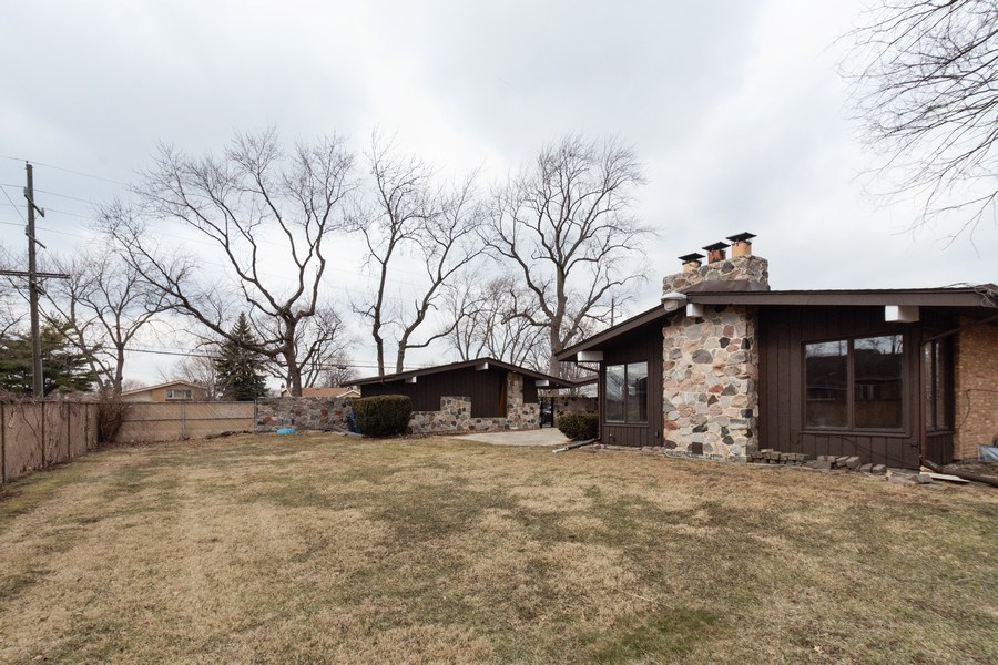 Real Estate Photography - 10227 S. Kostner Avenue, Oak Lawn, IL, 60453 - Back Yard