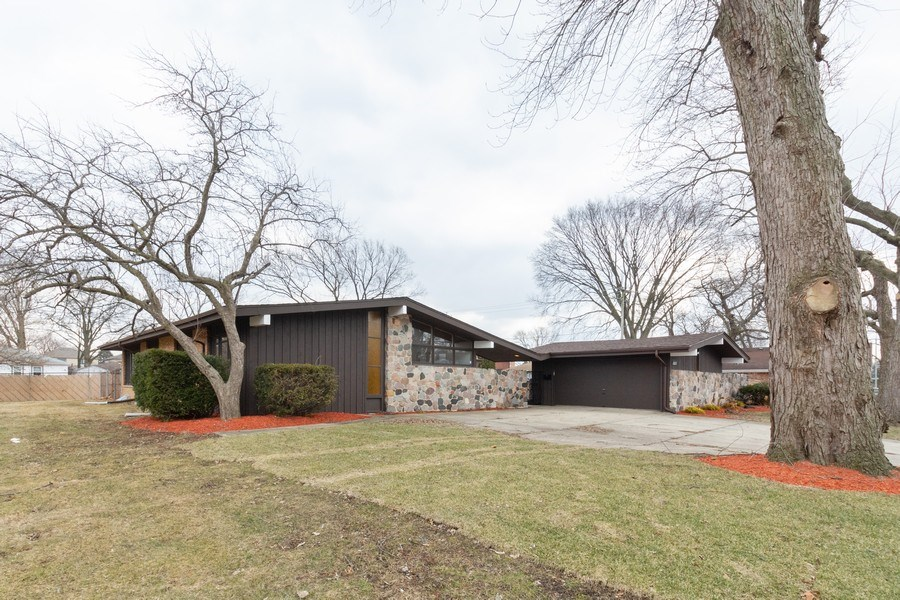 Real Estate Photography - 10227 S. Kostner Avenue, Oak Lawn, IL, 60453 - Front View