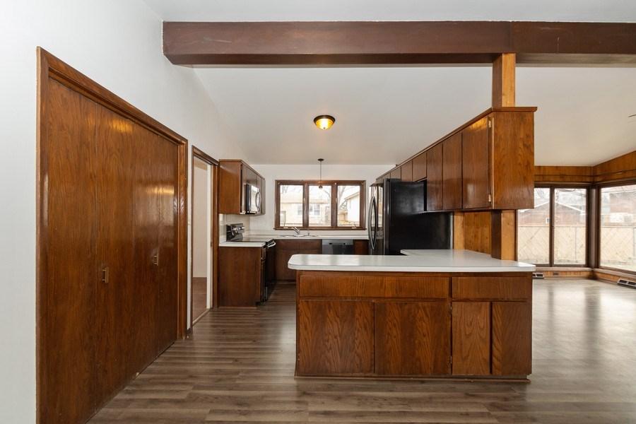Real Estate Photography - 10227 S. Kostner Avenue, Oak Lawn, IL, 60453 - Kitchen