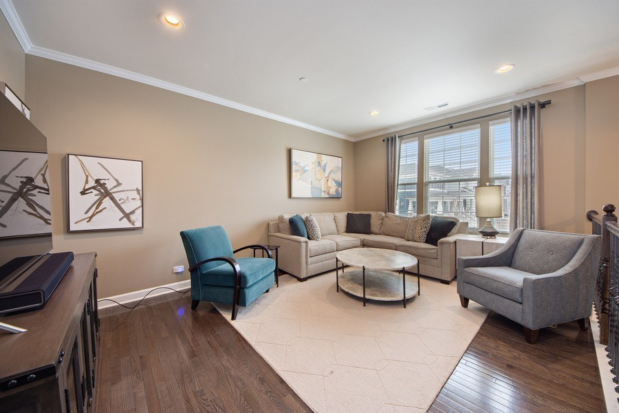 Real Estate Photography - 906 E. Wing Street, Arlington Heights, IL, 60004 - Living Room