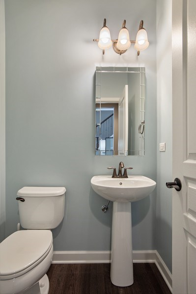 Real Estate Photography - 906 E. Wing Street, Arlington Heights, IL, 60004 - Powder Room