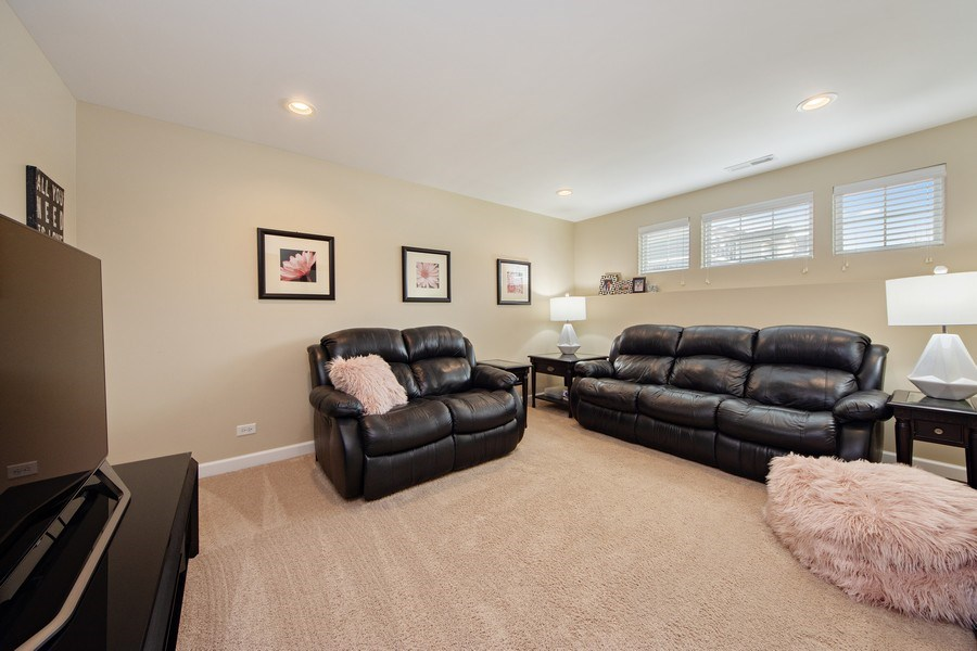 Real Estate Photography - 906 E. Wing Street, Arlington Heights, IL, 60004 - Family Room