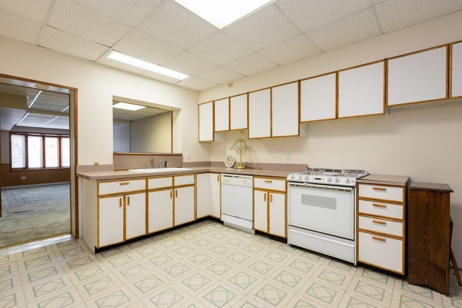 Real Estate Photography - 5143 North West Diversey Ave, Chicago, IL, 60639 - Kitchen