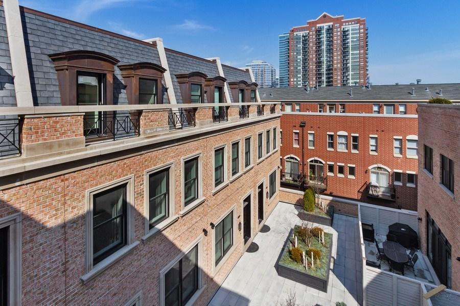 Real Estate Photography - 1834 S. CALUMET Avenue, Unit 3, Chicago, IL, 60616 - View