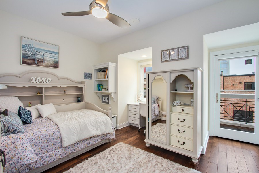 Real Estate Photography - 1834 S. CALUMET Avenue, Unit 3, Chicago, IL, 60616 - 2nd Bedroom