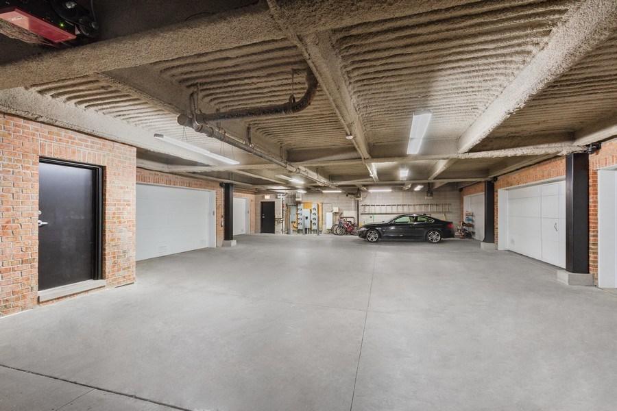 Real Estate Photography - 1834 S. CALUMET Avenue, Unit 3, Chicago, IL, 60616 - Garage
