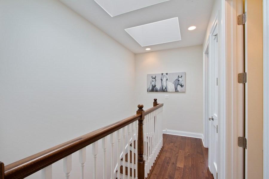 Real Estate Photography - 1834 S. CALUMET Avenue, Unit 3, Chicago, IL, 60616 - Hallway