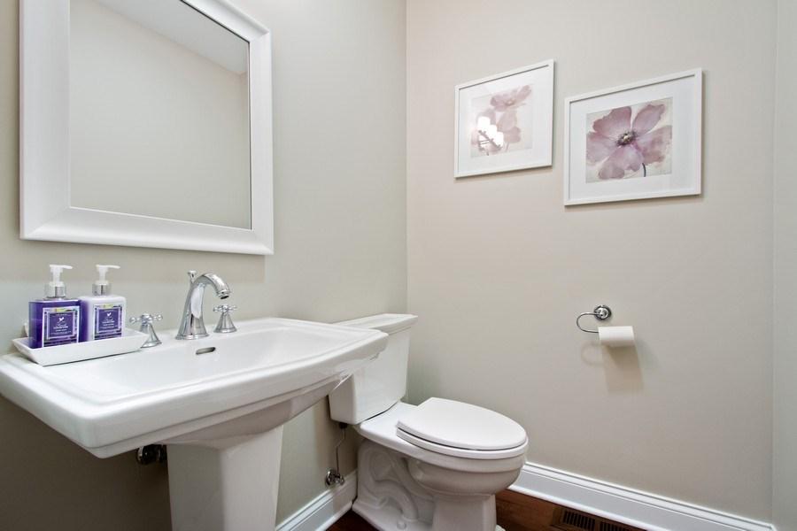 Real Estate Photography - 1834 S. CALUMET Avenue, Unit 3, Chicago, IL, 60616 - Bathroom