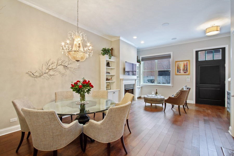 Real Estate Photography - 1834 S. CALUMET Avenue, Unit 3, Chicago, IL, 60616 - Living Room / Dining Room