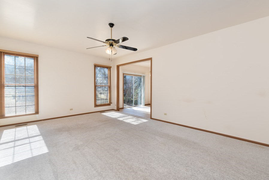 Real Estate Photography - 645 DOGLEG Lane, Bartlett, IL, 60103 - Living Room / Dining Room