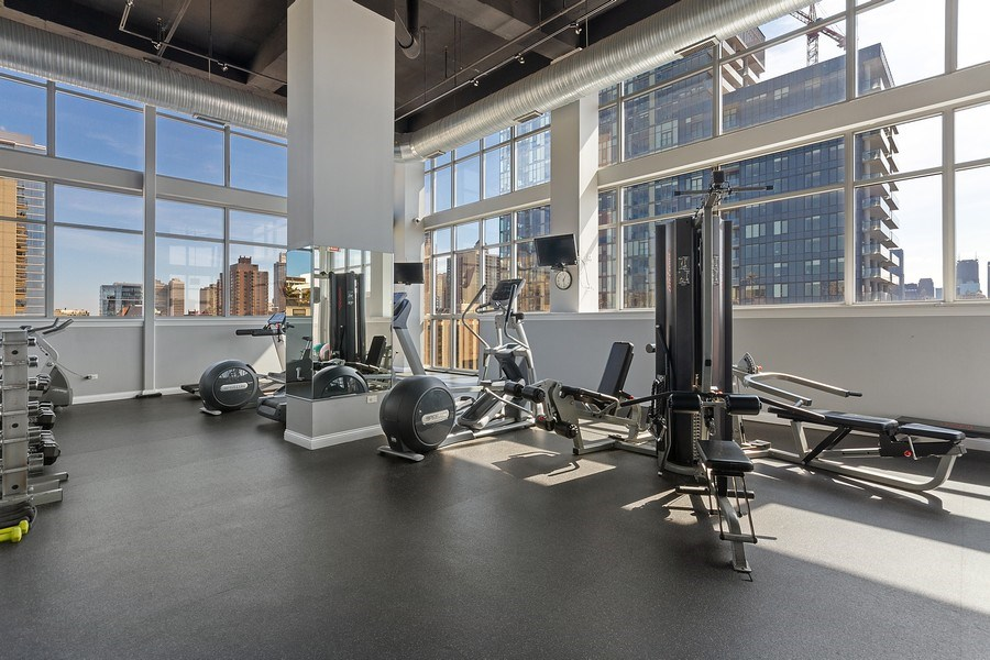Real Estate Photography - 230 W. Division Street, Unit 801, Chicago, IL, 60610 - Gym