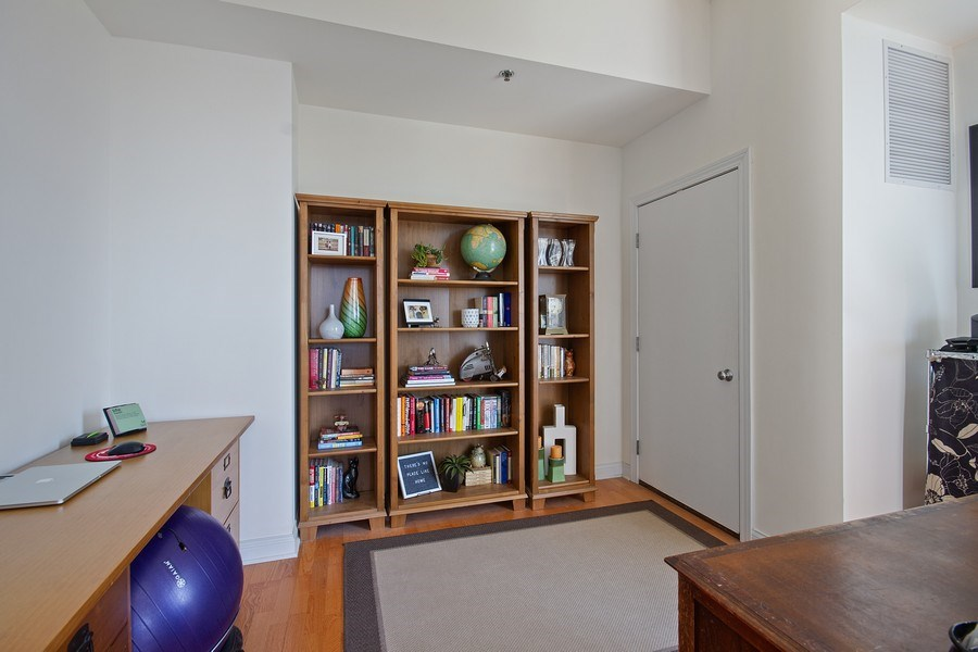 Real Estate Photography - 230 W. Division Street, Unit 801, Chicago, IL, 60610 - Family Room
