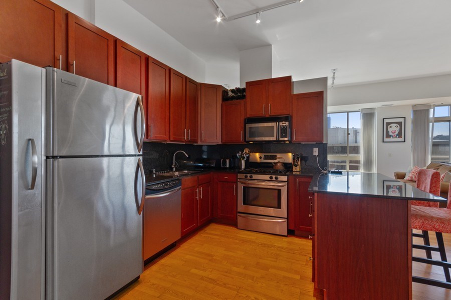 Real Estate Photography - 230 W. Division Street, Unit 801, Chicago, IL, 60610 - Kitchen