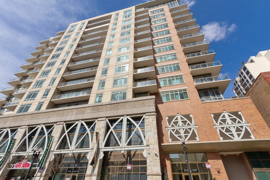 Real Estate Photography - 230 W. Division Street, Unit 801, Chicago, IL, 60610 - Front View