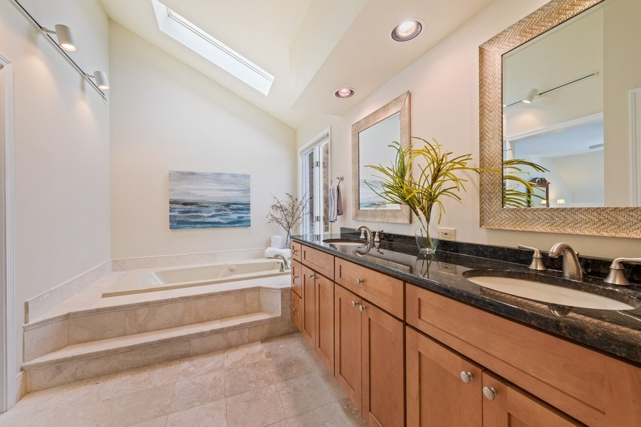 Real Estate Photography - 20581 N. Laurel Drive, Deer Park, IL, 60010 - Master Bathroom
