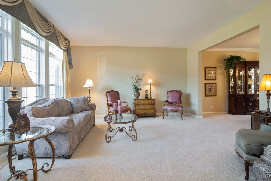 Real Estate Photography - 460 W. Haleys Hill Court, Palatine, IL, 60074 - Living Room