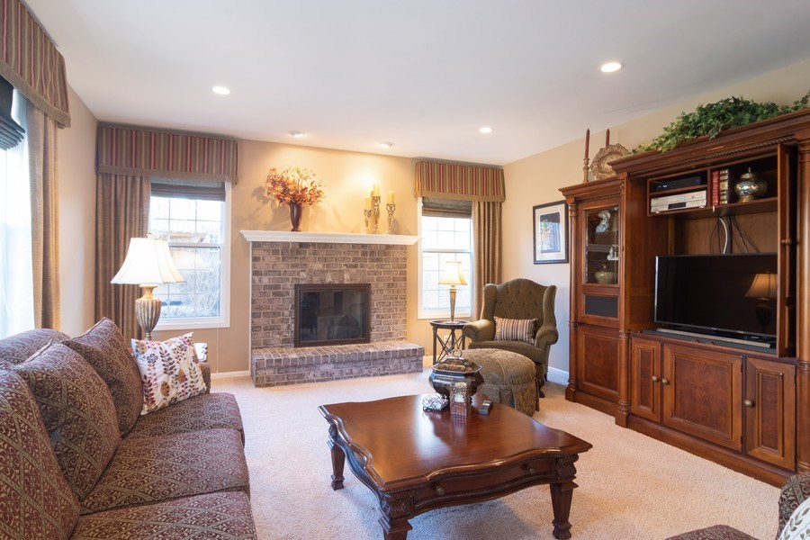Real Estate Photography - 460 W. Haleys Hill Court, Palatine, IL, 60074 - Family Room