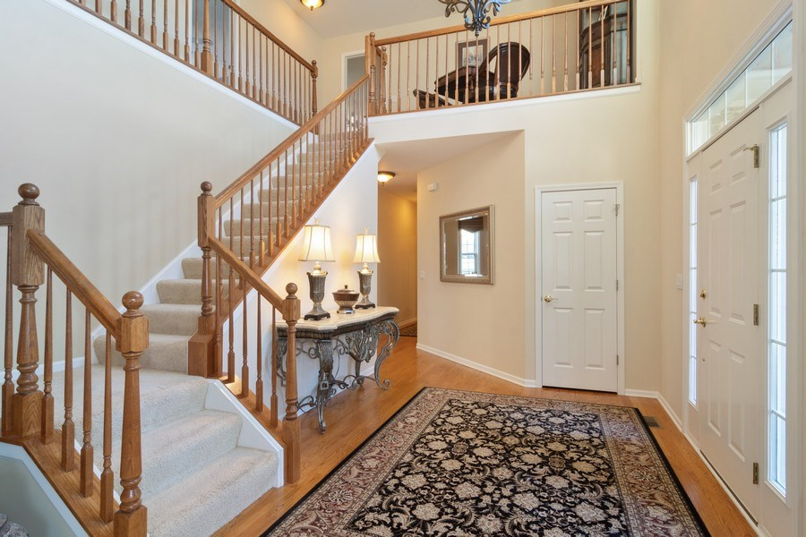Real Estate Photography - 460 W. Haleys Hill Court, Palatine, IL, 60074 - Foyer