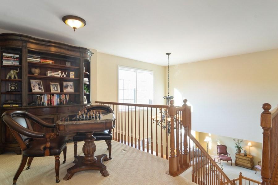 Real Estate Photography - 460 W. Haleys Hill Court, Palatine, IL, 60074 - Loft