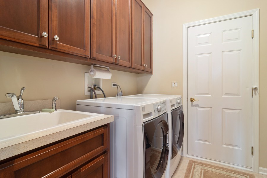 Real Estate Photography - 460 W. Haleys Hill Court, Palatine, IL, 60074 - Laundry Room