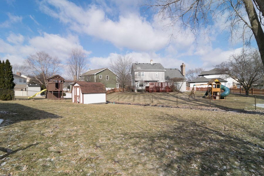 Real Estate Photography - 231 Gingerbrook Lane, Bartlett, IL, 60103 - Back Yard