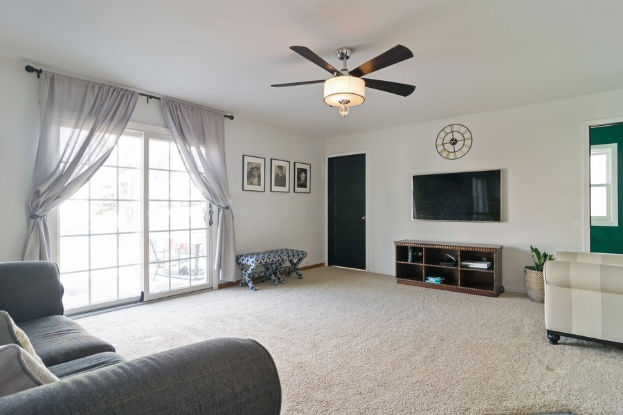 Real Estate Photography - 231 Gingerbrook Lane, Bartlett, IL, 60103 - Family Room