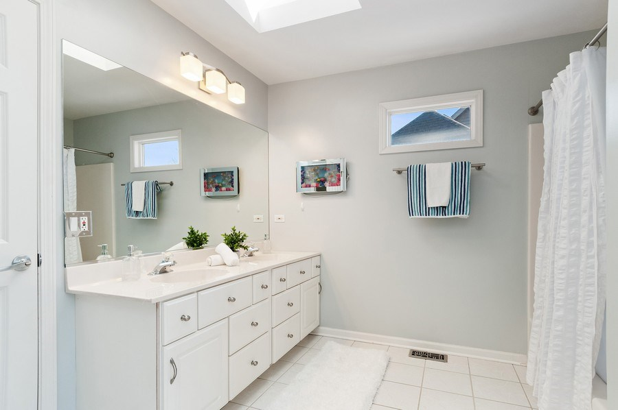Real Estate Photography - 2215 Comstock Lane, Naperville, IL, 60564 - 3rd Bathroom