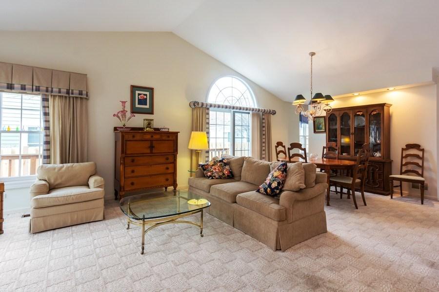 Real Estate Photography - 460 Park Barrington Drive, Barrington, IL, 60010 - Living Room