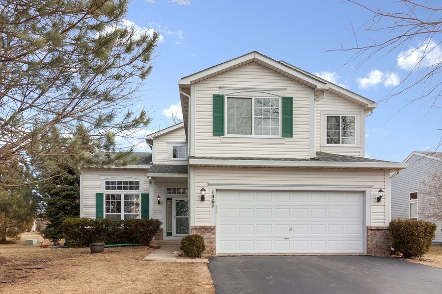 Real Estate Photography - 146 Cider Street, Bolingbrook, IL, 60490 - Front View