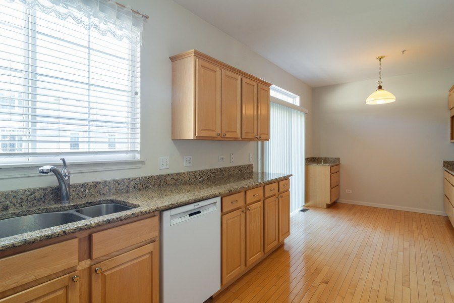Real Estate Photography - 2631 N. Greenwood Avenue, Arlington Heights, IL, 60004 - Kitchen