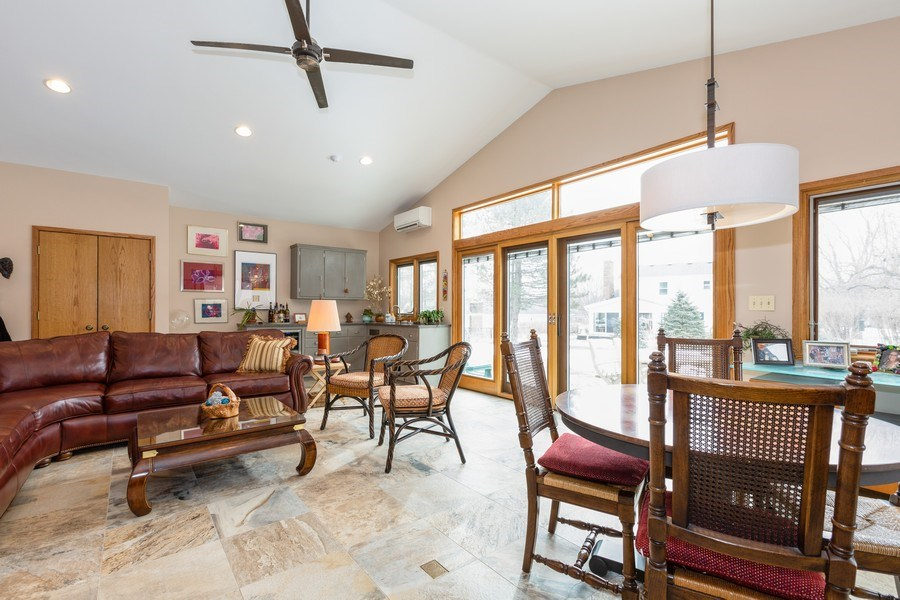 Real Estate Photography - 1113 CRANE Boulevard, Libertyville, IL, 60048 - Family Room