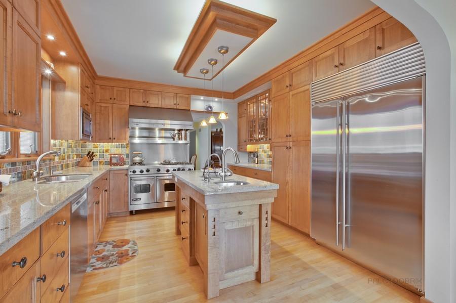 Real Estate Photography - 1113 CRANE Boulevard, Libertyville, IL, 60048 -