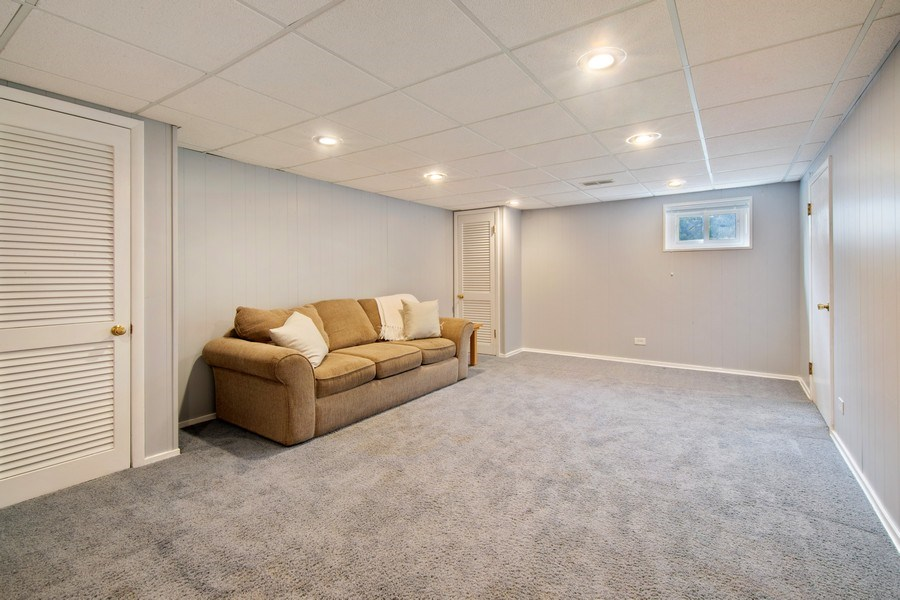 Real Estate Photography - 2936 Harrison Street, Glenview, IL, 60025 - Basement