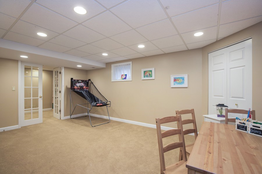 Real Estate Photography - 566 Meadowview Drive, Wauconda, IL, 60084 - Recreational Room