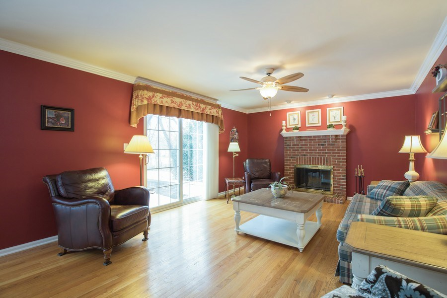 Real Estate Photography - 566 Meadowview Drive, Wauconda, IL, 60084 - Family Room