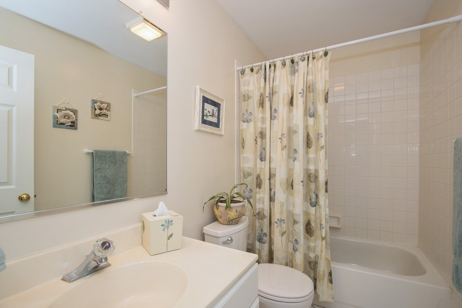 Real Estate Photography - 566 Meadowview Drive, Wauconda, IL, 60084 - Bathroom