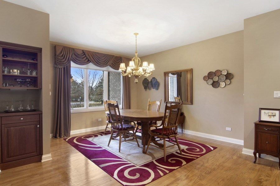 Real Estate Photography - 24 Kingsborough Cove, Inverness, IL, 60010 - Dining Room