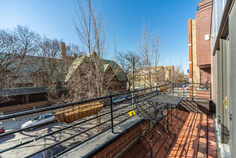 Real Estate Photography - 1353 N. NOBLE Street, Unit 2, Chicago, IL, 60642 - Terrace