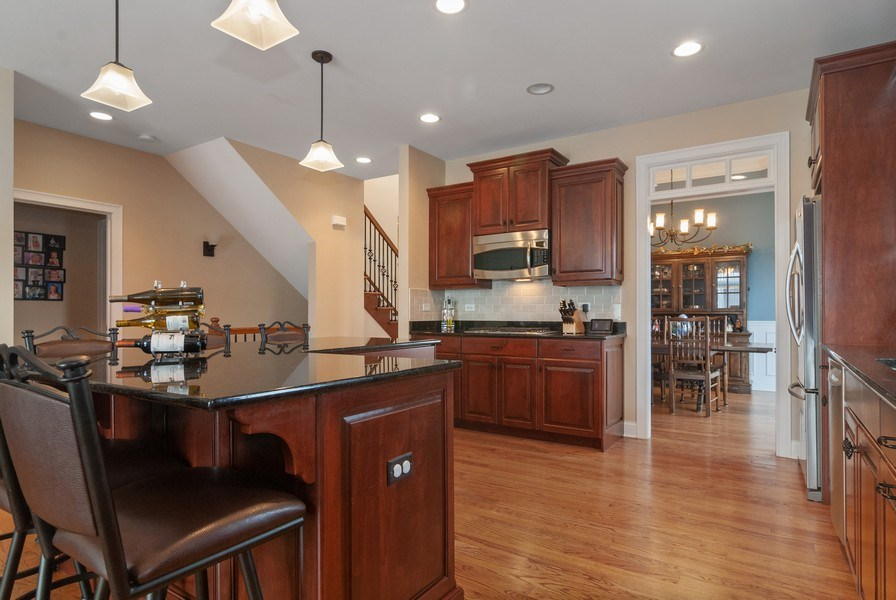 Real Estate Photography - 2707 Nicole Circle, Aurora, IL, 60502 - Kitchen