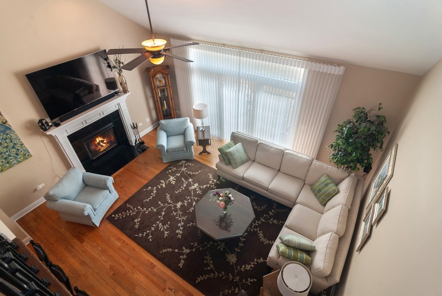 Real Estate Photography - 2707 Nicole Circle, Aurora, IL, 60502 - Family Room