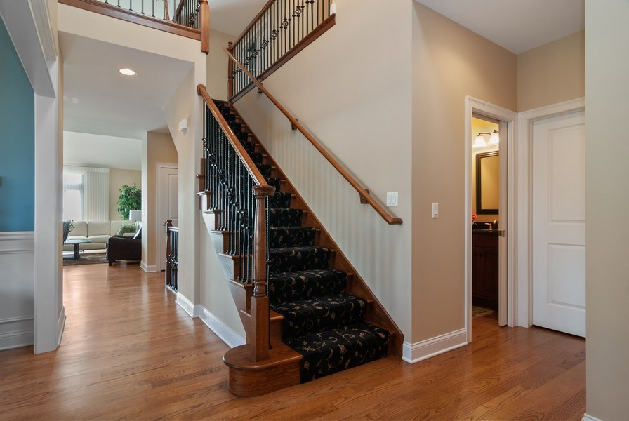 Real Estate Photography - 2707 Nicole Circle, Aurora, IL, 60502 - Foyer